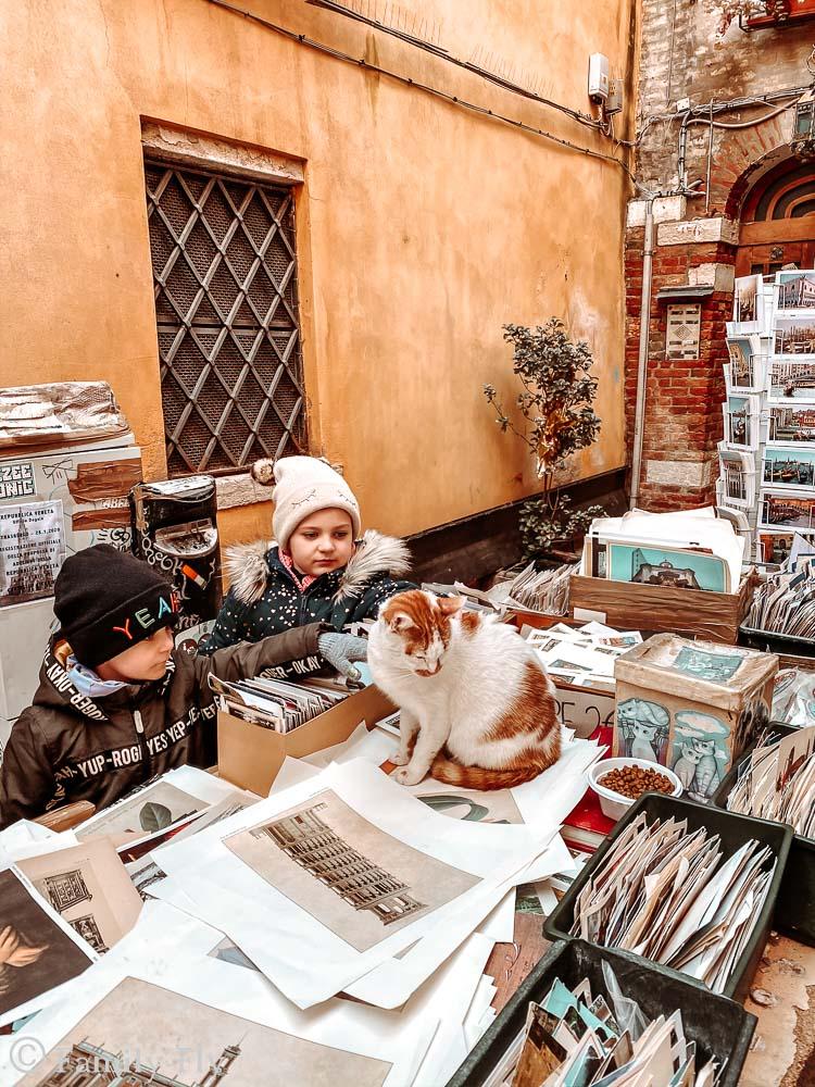 Venedig_Libreria_Karzen