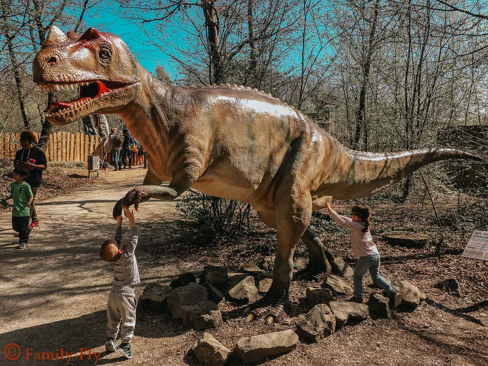 Dinosaurierpark _Teufelsschlucht_Dinos_zum_Anfassen