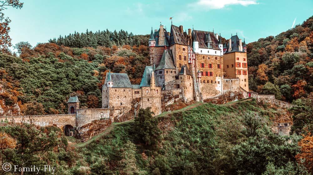Burg von außen
