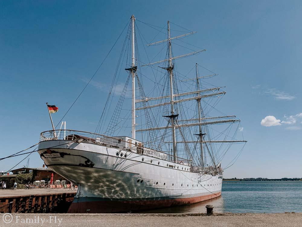Stralsund-Gorch Fock I