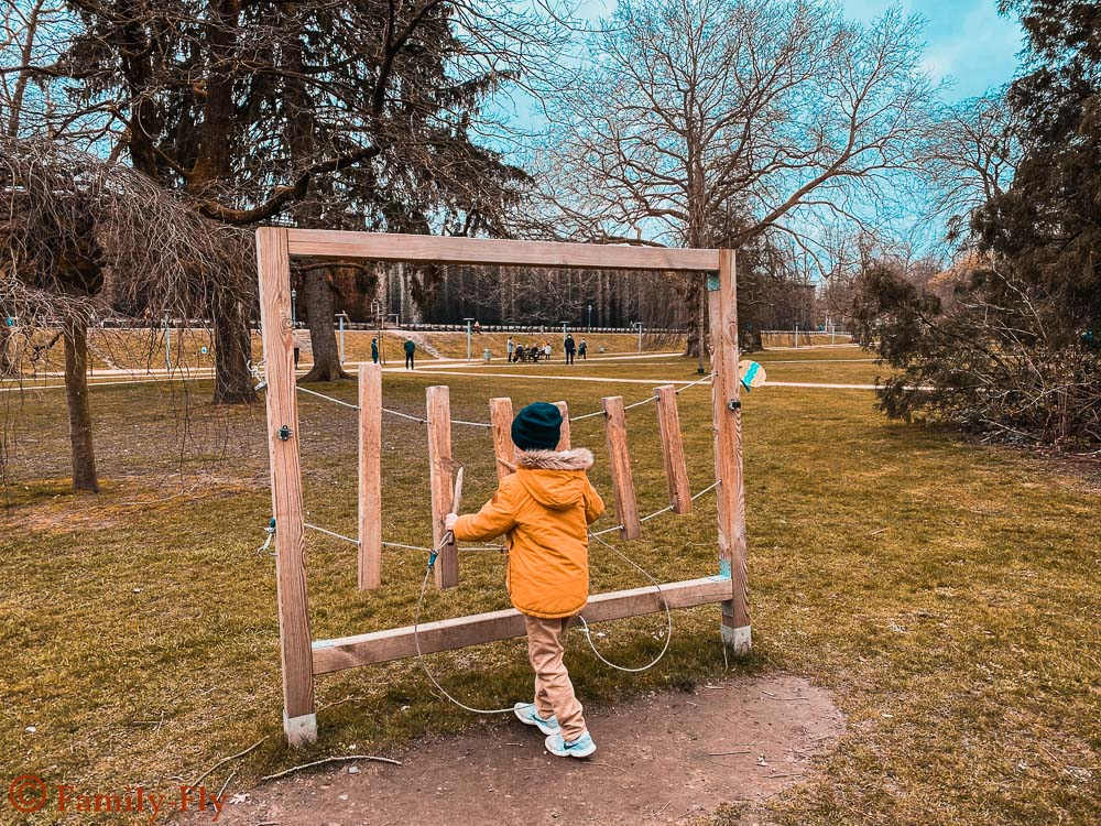 Park Spiele fuer Kinder